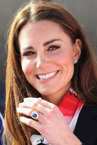 bague-bleue-kate-middleton